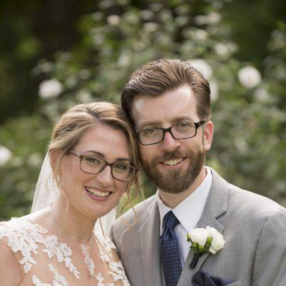 Bridal makeup for glasses wearers
