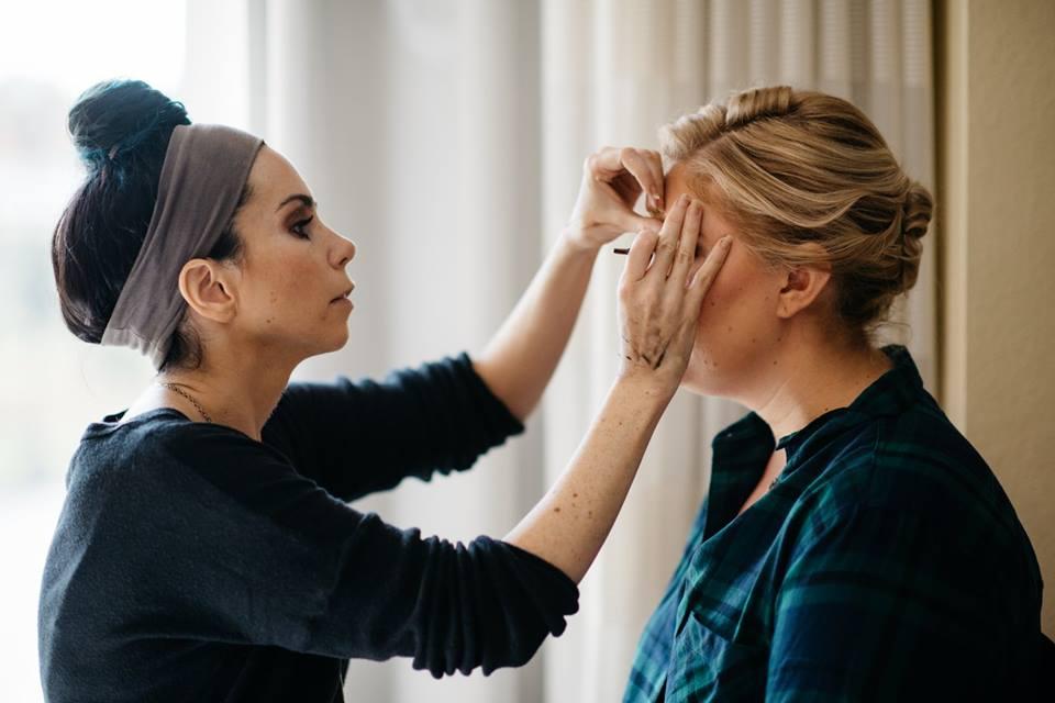 How to be a makeup artist, makeup artist school