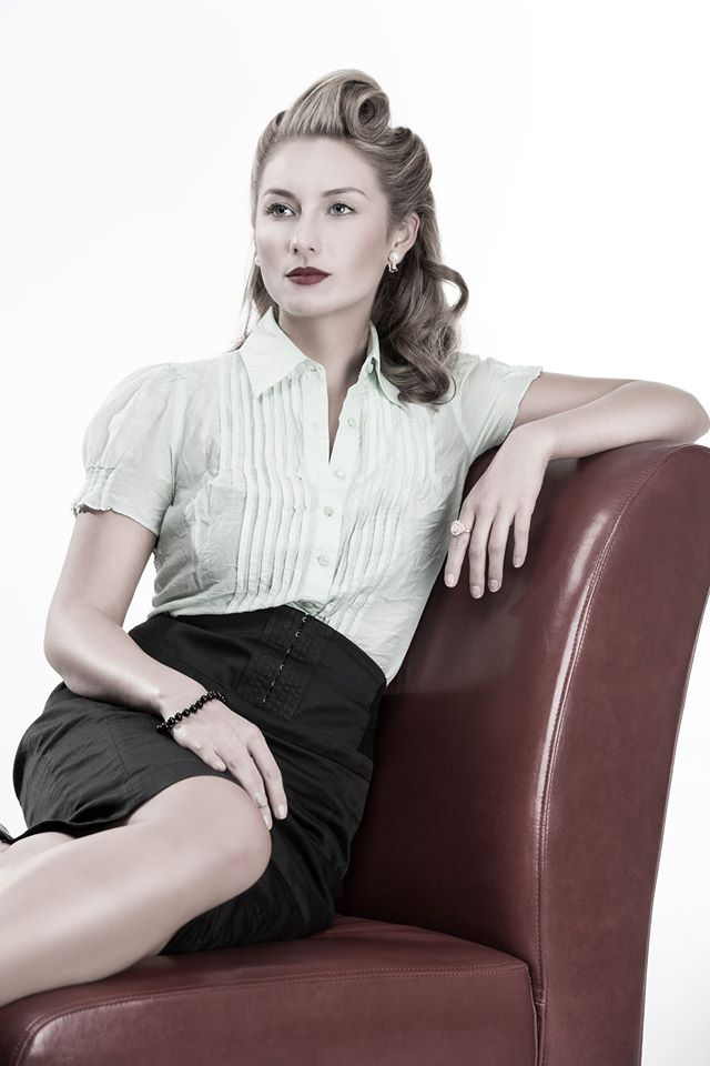 1940s hair and makeup